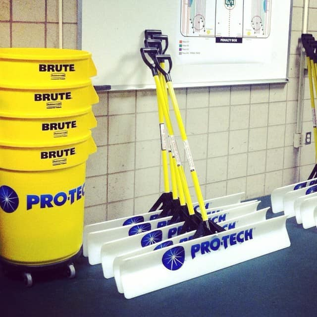 North Dakota Hockey pro-tech